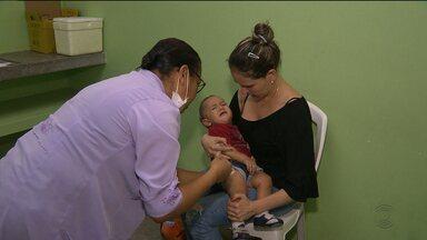 Sábado de longas filas nos postos de vacinação contra Gripe H1N1 - Quem não se vacinou hoje, pode se vacinar na próxima semana.