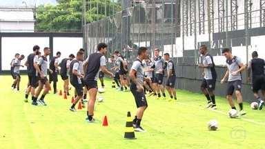 Vasco e Botafogo se preparam para a finalíssima do Campeonato Carioca - No domingo (8), acontece a grande final do Cariocão no Maracanã. Os treinadores de Vasco e Botafogo não revelaram as suas escalações para o jogo. Mas as equipes devem ser praticamente as mesmas do primeiro confronto.