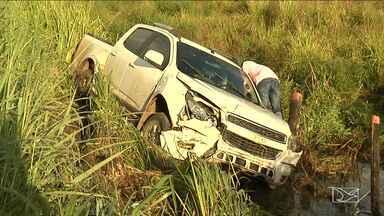 Motorista perdeu controle e provoca acidente na BR-316 - Na BR-316 no trecho que passa por Santa Inês (MA) um motorista perdeu o controle do veículo e acabou se envolvendo em um acidente.