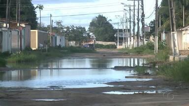 Moradores da Cidade Universitária cobram pavimentação - Problema tem causado transtornos a comunidade do Conjunto Jardim Saúde.