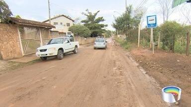 Moradores reclamam de lama em ruas do Goiabal - Moradores mandaram reclamação pelo aplicativo Vanguarda Repórter.