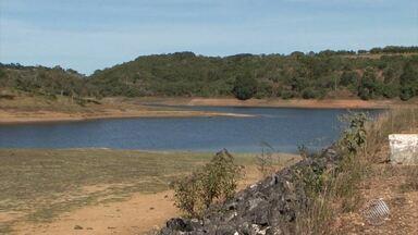 Moradores de Vitória da Conquista começam a enfrentar racionamento de água - A população de Itabuna já está passando pelo mesmo processo há cinco meses.