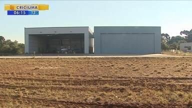 Aeroporto de Caçador segue à espera de terminal de passageiros - Aeroporto de Caçador segue à espera de terminal de passageiros
