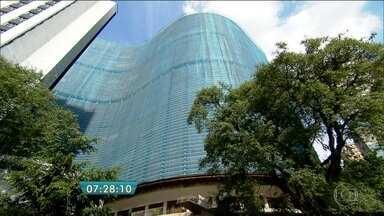 Edifício Copan completa 50 anos - O prédio é um marco da arquitetura da capital. A Equipe do Bom Dia São Paulo fez um passeio pelo edifício para mostrar as características e a história do local. A vista da cobertura permite observar boa parte da cidade.