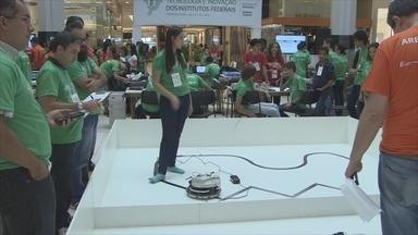 Alunos participam do 1º Desafio de Tecnologia e Inovação dos Institutos Federais - Estudantes de 11 estados participam da competição que começou na segunda-feira (30).