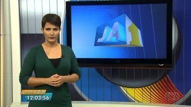 Confira os destaques do Jornal Anhanguera - Passageiros reclamam dos furtos e assaltos no Eixo Anhanguera, na Região Metropolitana de Goiânia.