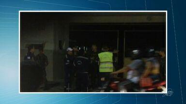 Agente de trânsito é presa por desacato a oficial do Exército - Confusão começou por conta de bliz da Autarquia Municipal de Trânsito.