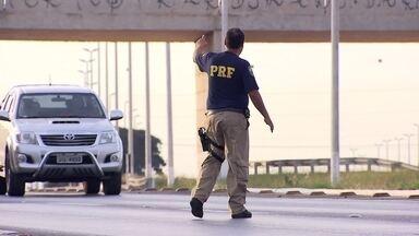 Agentes da PRF multam 127 ônibus por transporte interestadual pirata - Foram oito dias de operação. Brasília está na rota dessas empresas.