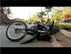 Número de acidentes envolvendo motociclistas diminuiu, segundo a PM - Ainda assim, o número de ocorrências em maio superou o mês de abril deste ano.