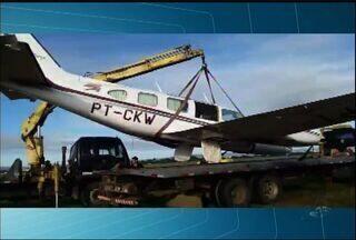 """Avião aterrissa """"de barriga"""" em manobra emergencial no Cariri - Avião aterrissa """"de barriga"""" em manobra emergencial no Cariri"""