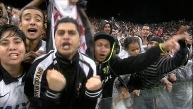 Em jogo de tirar o fôlego, Corinthians bate Coritiba nos acréscimos - Em jogo de tirar o fôlego, Corinthians bate Coritiba nos acréscimos