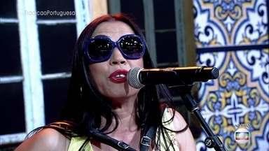 Rosinha se apresenta no palco do 'Encontro' - Cantora é sucesso em Portugal com músicas de letras escrachadas e clipes cheios de bom humor