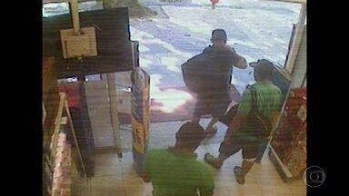 Menor suspeito de integrar quadrilha de assaltos é apreendido no Rio - Segundo a polícia, ele integrava um quadrilha especializada em roubo de aparelhos eletrônicos.