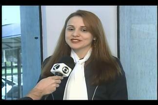 """Workshop em Uberaba aborda atendimento ao público - Tema é """"Encantando o cliente – potencializando suas vendas"""". Palestra é proferida por Juliana Zanini."""