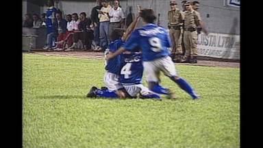 Em 1996, Cruzeiro goleia Corinthians no 1º jogo e perde em SP pela Copa do Brasil - Em 1996, Cruzeiro goleia Corinthians no 1º jogo e perde em SP pela Copa do Brasil