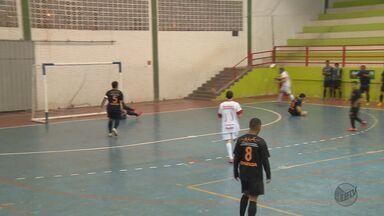 Campanha vence Itajubá e é a 1ª finalista da Taça EPTV de Futsal - Campanha vence Itajubá e é a 1ª finalista da Taça EPTV de Futsal