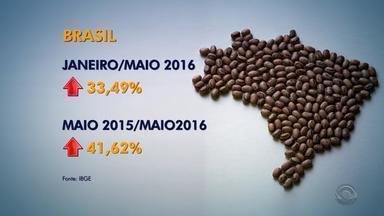 Preço do feijão sobe 41% nos supermercados - Enquanto o preço do arroz cresceu 5% neste ano.