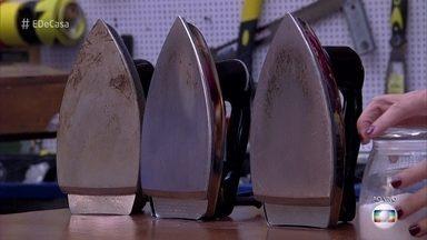 'Como Fazer' testa três maneiras para tirar manchas do seu ferro de passar - Confira o que rola e o que não rola para tirar a sujeira do aparelho