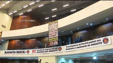 Deputados estaduais começam a discutir projeto que proíbe o amianto no Paraná - Hoje, foi aprovado o requerimento para que o projeto seja aprovado em regime de urgência