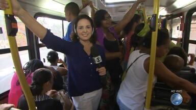 'Minha Vida no Buzu': reportagem mostra a rotina nos ônibus da capital baiana - Nesta terça (21) confira os detalhes do transporte que faz a linha que parte da Ribeira com destino ao Iguatemi.