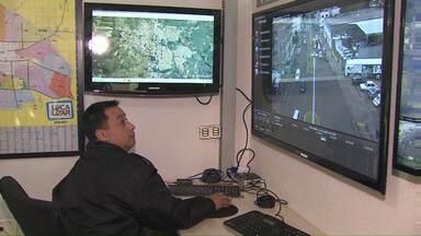 Em Toledo Corpo de Bombeiros ganha reforço - Câmeras de segurança auxiliam no monitoramento de ocorrências.