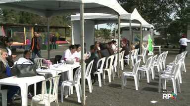 Estádio Germano Kruger tem ação solidária durante o sábado - Além de erviços à comunidade de graça também tem jogo solidário .