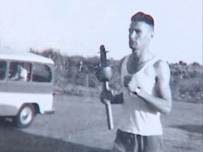 Morador de Prudente relembra como foi carregar a Tocha Olímpica - Ele fez parte do revezamento há mais de 50 anos.