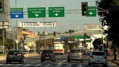Trecho da Avenida do Contorno, entre ruas Varginha e 21 de Abril, é liberado em BH - O local estava interditado há sete meses por causa de obras do Boulevard Arrudas,