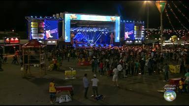 Pátio de Eventos tem show de Wesley Safadão neste sábado (25) - Noite ainda conta com apresentações de Gatinha Manhosa, Bichinha Arrumada e Jorge de Altinho.