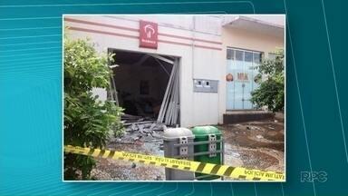 Ladrões assaltam três agências bancárias de Tapira - Em apenas uma delas eles explodiram um caixa eletrônico.