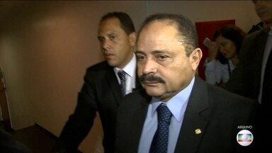 Ministro do STF autoriza quebra de sigilo bancário de Waldir Maranhão - Presidente em exercício da Câmara é investigado em um esquema fraudulento de investimentos nos regimes de Previdência de várias prefeituras.
