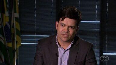 MP apura se secretário de Saúde de Goiânia tem elo com fraude no Samu - Segundo órgão, Fernando Machado deve ser notificado nos próximos dias. Ele nega; médico suspeito de atuação no esquema é detido novamente.