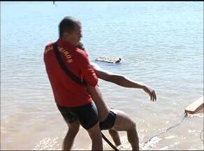 Bombeiros de Gurupi fazem treinamento específico para resgate em caso de afogamentos - Bombeiros de Gurupi fazem treinamento específico para resgate em caso de afogamentos