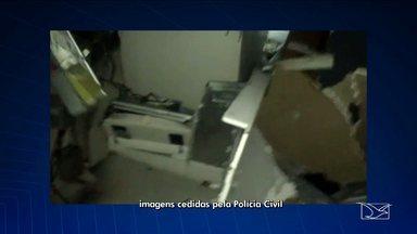 Bandidos explodem agência bancária em Anajatuba, MA - Bandidos explodem agência bancária em Anajatuba, MA