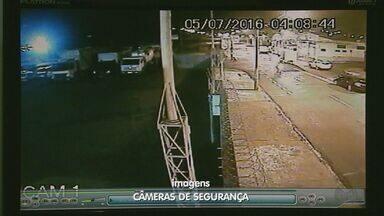 Quadrilha leva pelo menos 50 milhões em mega-assalto a Prosegur em Ribeirão - Mais de 20 ladrões chegaram ao prédio no bairro Campos Elíseos em carros e caminhões. Imagens exclusivas de câmeras de segurança mostram a ação.