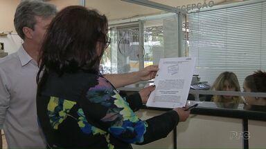 Moradores protocolam denúncia contra o prefeito de Foz - Relatório da CPI da Pecúlio foi lido, ontem, na Câmara de Vereadores