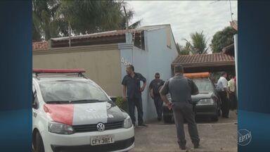 Polícia investiga assassinato em Mogi Mirim, SP - Homem foi morto no bairro Tucúria durante nesta quarta-feira (6), por volta das 8h.
