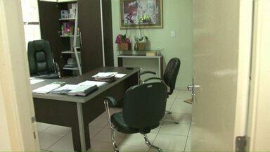 Ladrões roubam documentos e cofre de prefeitura em Cianorte - Roubo foi durante a madrugada desta quarta.