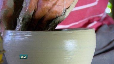 Fenearte é oportunidade para artista expor o próprio talento - Feira de artesanato começa nesta quinta-feira (7), no Centro de Convenções de Olinda. Expectativa da organização é atrair 300 mil pessoas.
