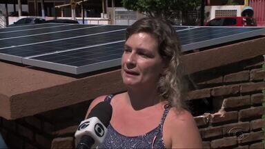 Captação de energia solar ajuda a cuidar do Meio Ambiente - Maragogi tem chamado atenção por ser o primeiro município do nordeste a ter uma praça iluminada através de energia solar.