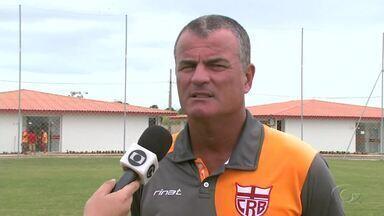 Especial: Técnico Mazola Júnior fala sobre expulsão e futuro do CRB - Treinador comentou sobre partida com o Náutico.