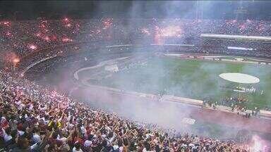 São Paulo perde por 2 a 0 e decepciona os torcedores no Murumbi, em SP - Os torcedores que lotaram o Estádio do Morumbi na noite da última quarta-feira (6) ficaram desolados com a derrota para Atlético Nacional, na Semifinal da Libertadores. Foram 49 dias de preparação na busca da vitória.