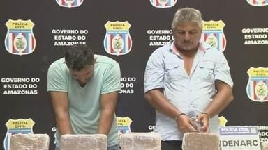 Dupla é presa e ex-PM faz parte de suspeitos de tráfico de drogas, em Manaus - Eles foram detidos pela Polícia Civil.