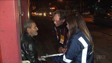 Ajuda no frio! - Em Curitiba, mais de 700 pessoas são voluntárias para ajudar moradores de rua nos dias de frio