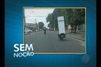 'Sem Noção' flagra condutor transportando geladeira sobre motocicleta - Flagrante foi registrado por telespectadora no distrito de Icoaraci.