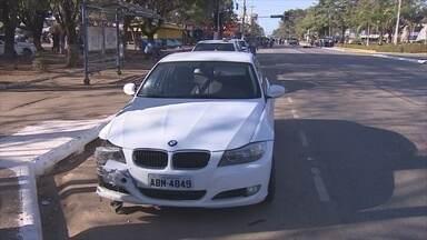 Motorista que provocou acidente e morte de motociclista se entregou à polícia - Homem se apresentou na delegacia acompanhado de advogado.