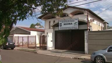 Homem preso por tentar abusar de menina de 11 anos deve ser ouvido hoje pela Justiça - O Paraná TV conversou com uma psicóloga pra mostrar como tratar o uso das redes sociais com os filhos e evitar situações de abuso sexual.