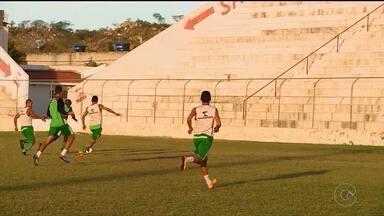 Salgueiro se prepara para enfrentar o Botafogo-PB pela Série C do Campeonato Brasileiro - O jogo vai ser fora de casa, no Almeidão