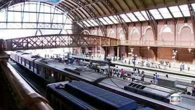 Estação da Luz é totalmente reaberta para acesso aos trens da CPTM - Parte do prédio estava interditada desde o incêndio que destruiu o Museu da Língua Portuguesa.