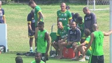 Depois de vencer o Bragantino, somente reservas treinam em São Januário - O Cruzmaltino venceu por 2 x 1